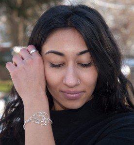 Viana-Heart-bracelet