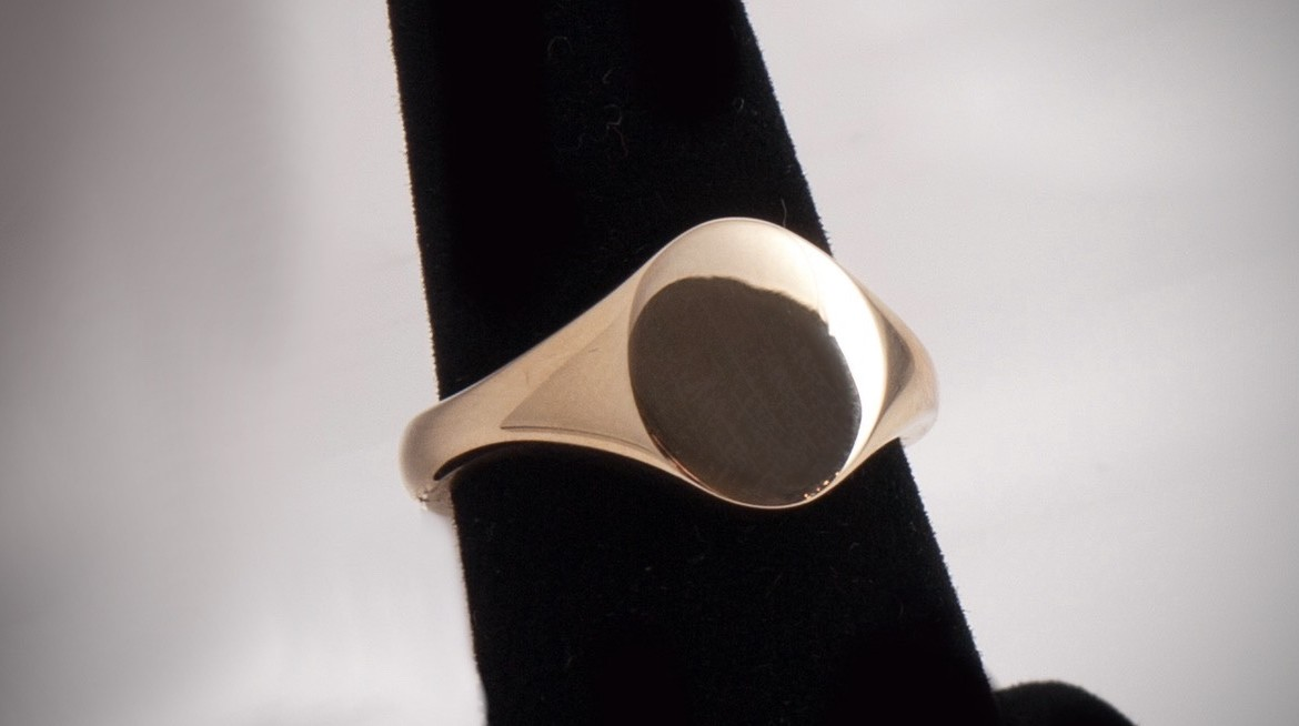 Why signet rings symbolise wealth and power