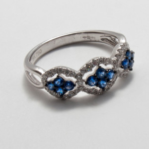 Sapphire ring - Black Friday Jewellery event